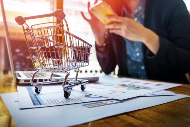 Whatsapp e Instagram Shopping: nuevos paradigmas de consumo